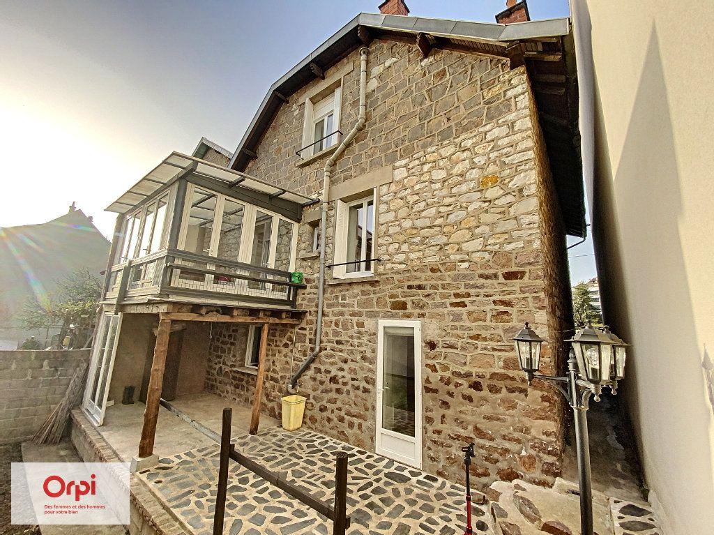 Maison à vendre 8 135m2 à Brive-la-Gaillarde vignette-1