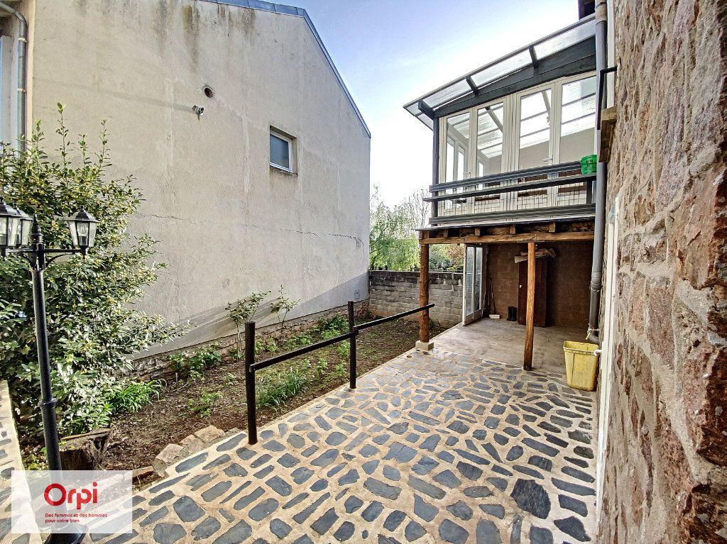 Maison à vendre 8 135m2 à Brive-la-Gaillarde vignette-2