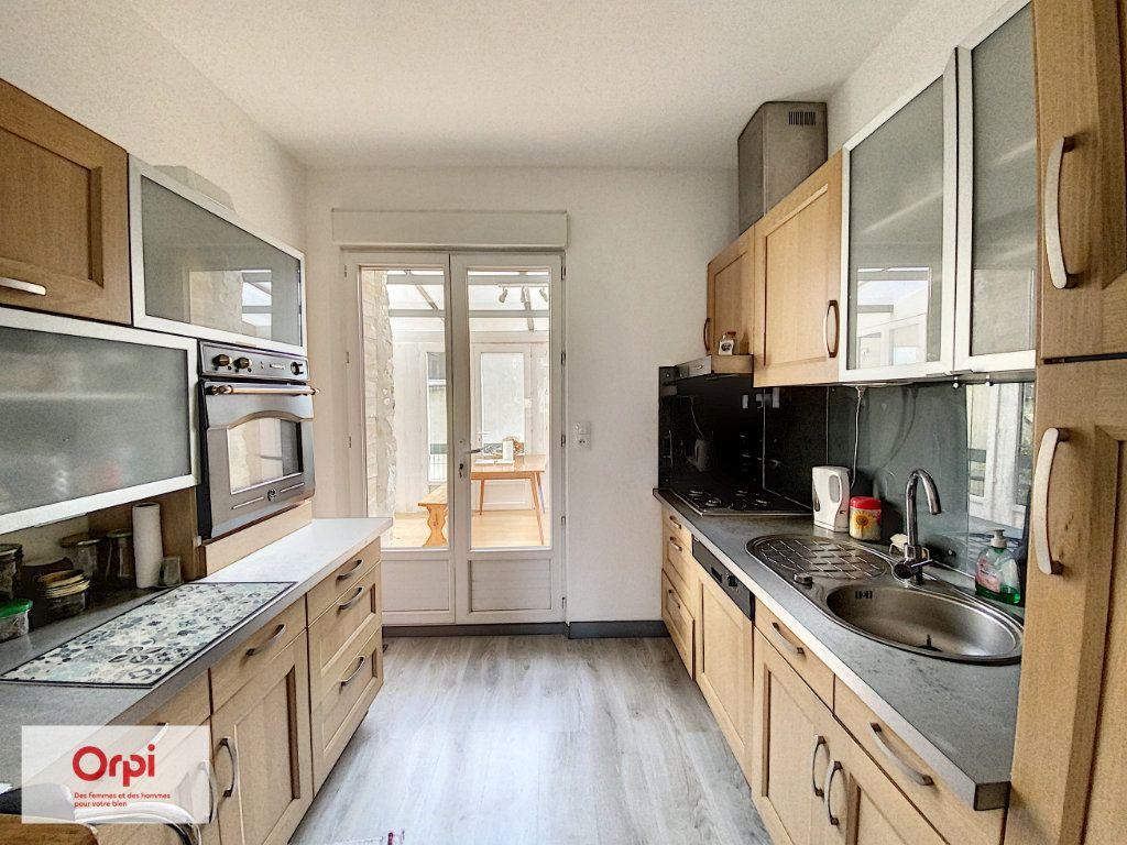 Maison à vendre 8 135m2 à Brive-la-Gaillarde vignette-4