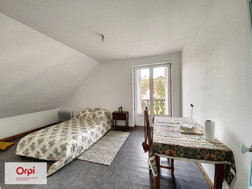 Maison à vendre 8 135m2 à Brive-la-Gaillarde vignette-9