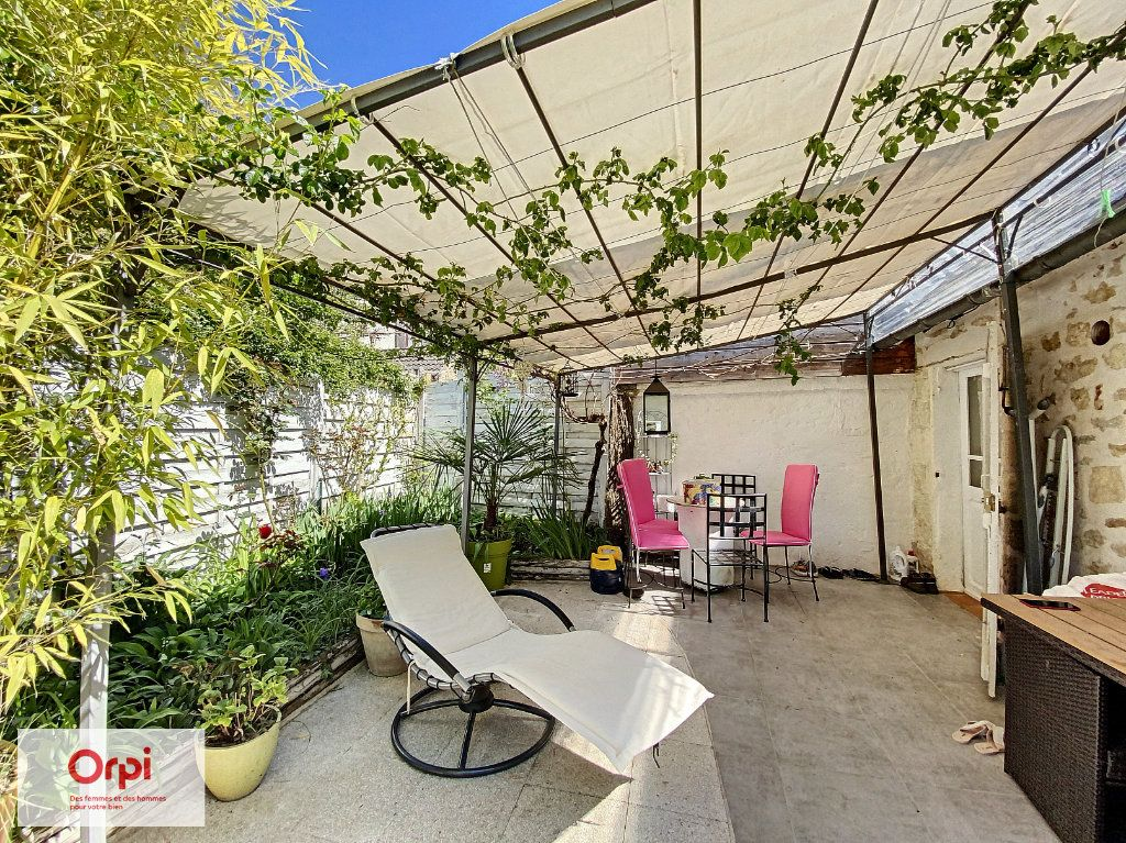 Maison à vendre 3 47m2 à Le Lardin-Saint-Lazare vignette-2
