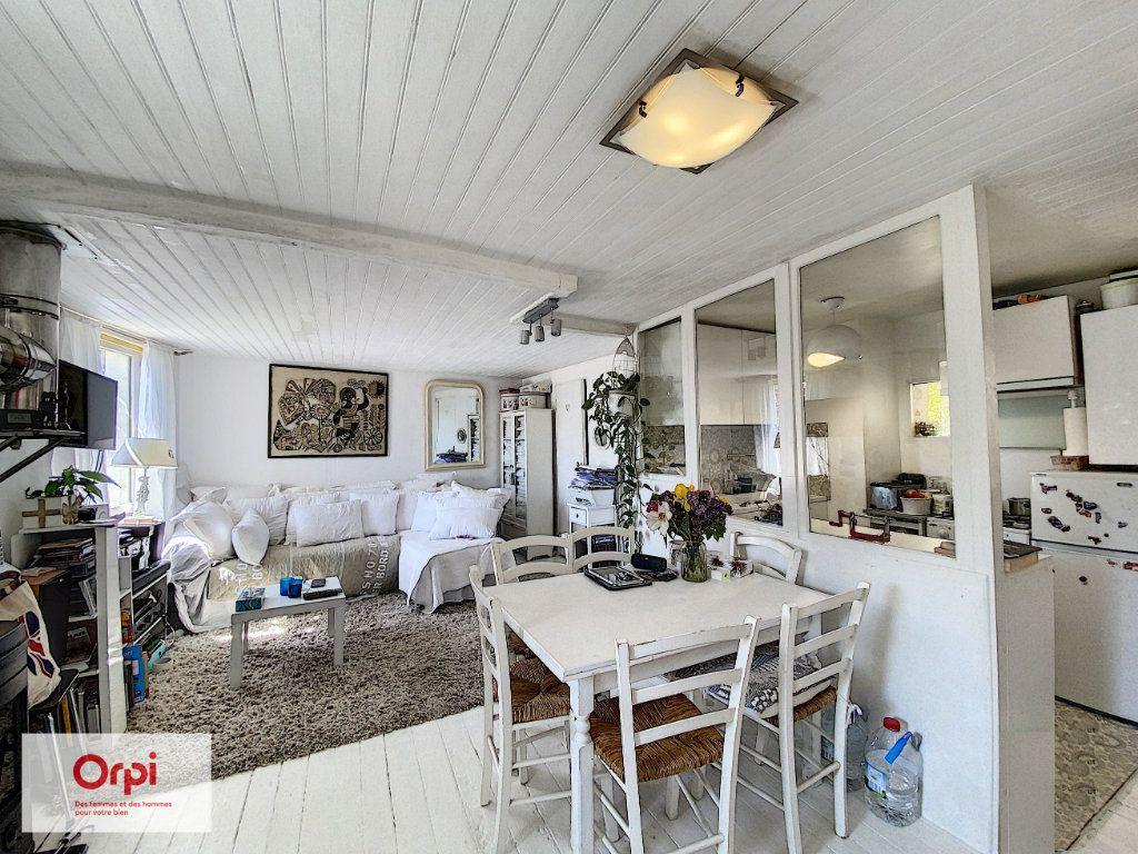 Maison à vendre 3 47m2 à Le Lardin-Saint-Lazare vignette-3