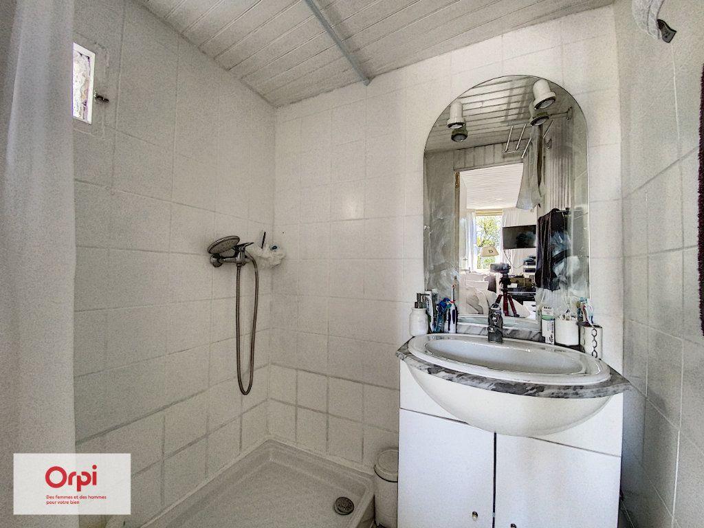 Maison à vendre 3 47m2 à Le Lardin-Saint-Lazare vignette-6