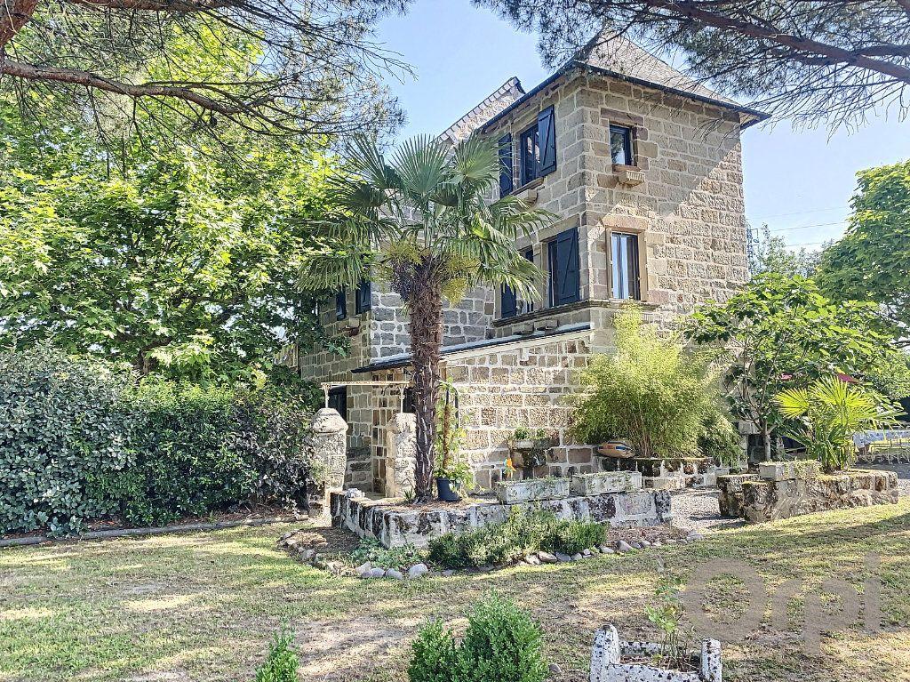 Maison à vendre 7 150m2 à Brive-la-Gaillarde vignette-1