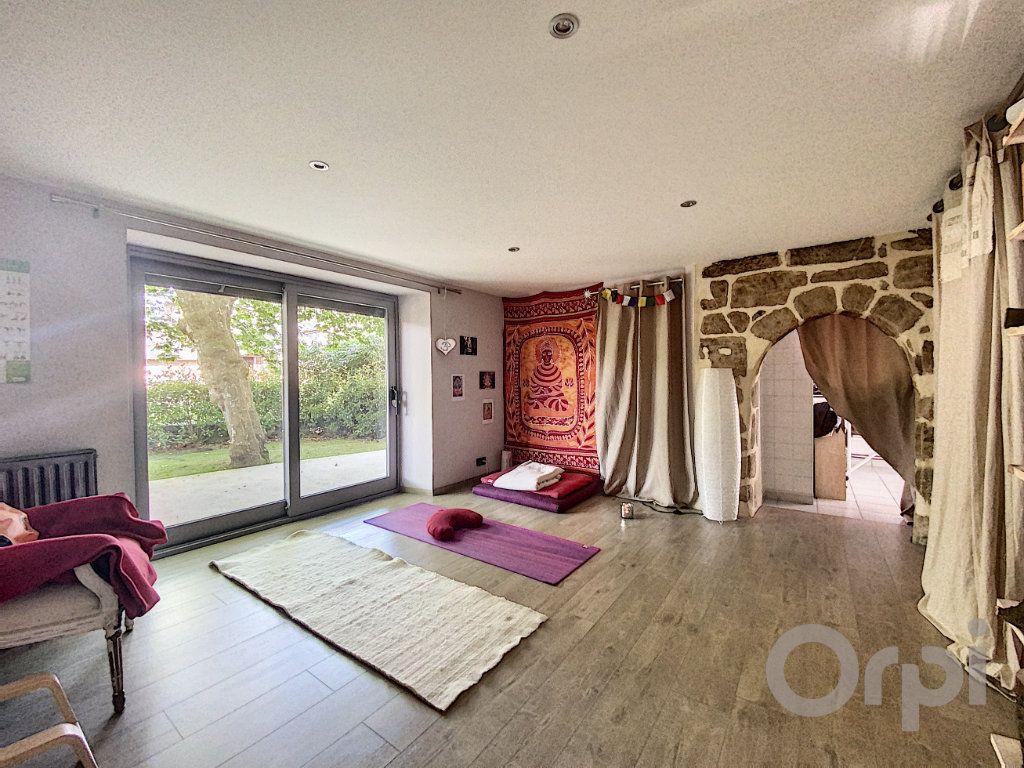 Maison à vendre 7 150m2 à Brive-la-Gaillarde vignette-4