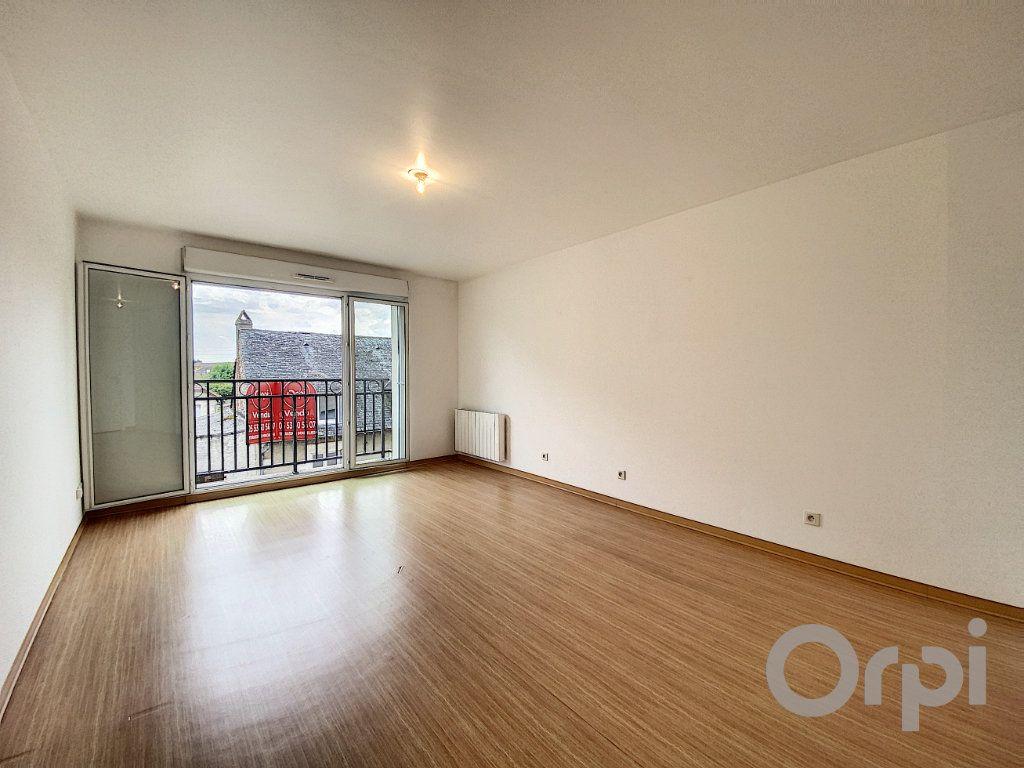 Appartement à vendre 3 61.2m2 à Terrasson-Lavilledieu vignette-1