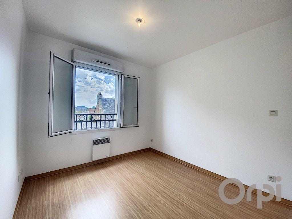 Appartement à vendre 3 61.2m2 à Terrasson-Lavilledieu vignette-4