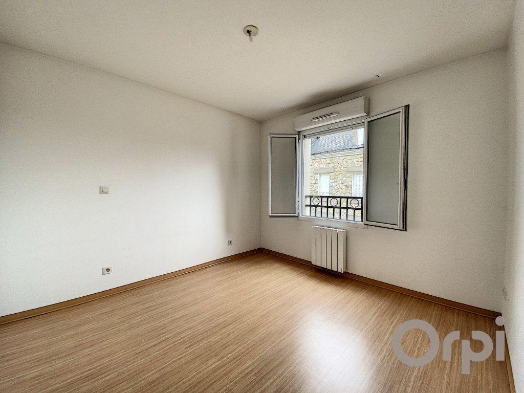 Appartement à vendre 3 61.2m2 à Terrasson-Lavilledieu vignette-5