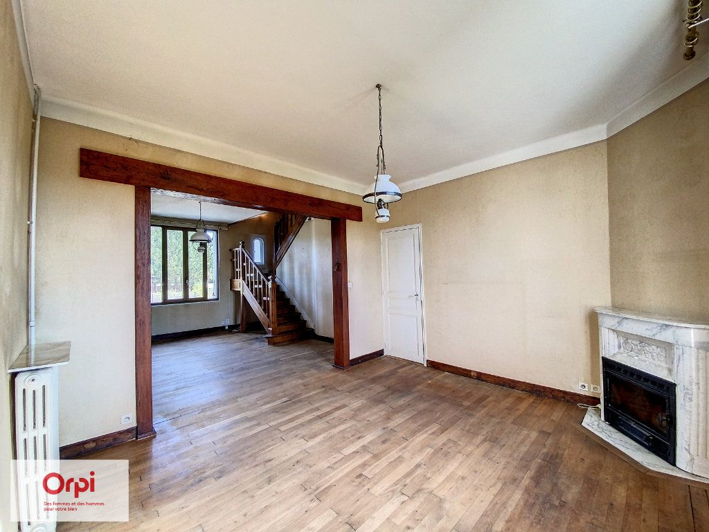 Maison à vendre 6 117m2 à Terrasson-Lavilledieu vignette-3