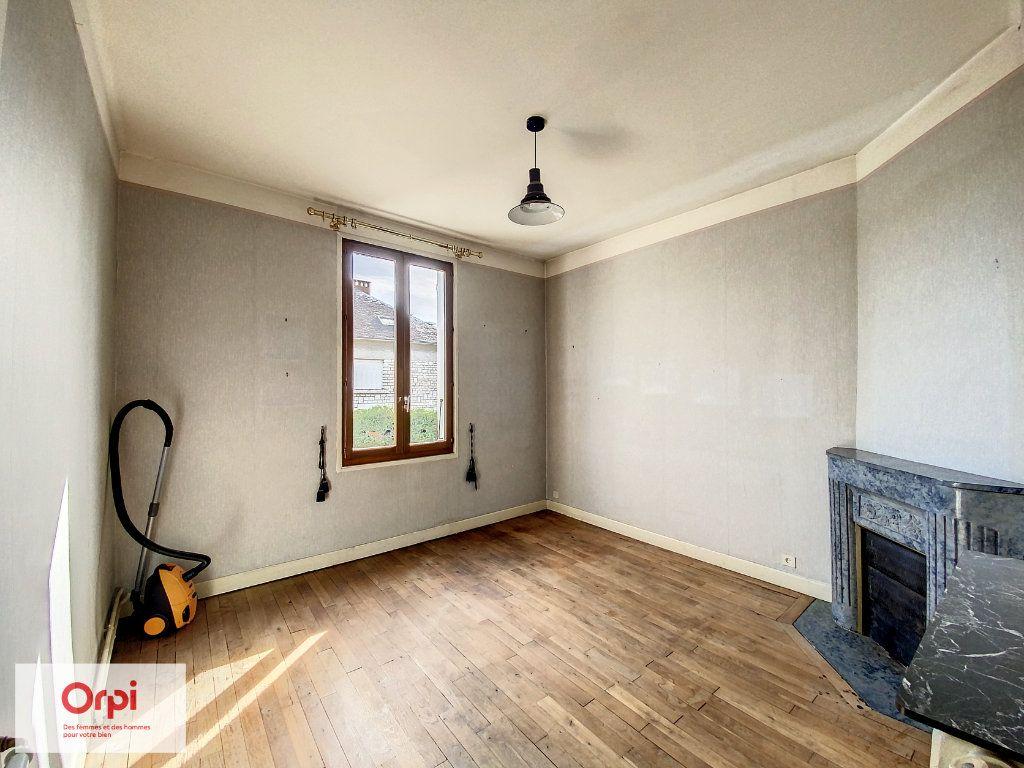 Maison à vendre 6 117m2 à Terrasson-Lavilledieu vignette-5