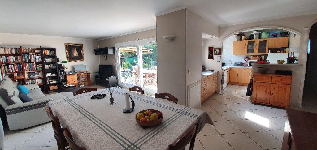 Appartement à vendre 4 78m2 à Saulx-les-Chartreux vignette-3