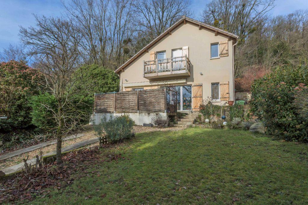 Maison à vendre 7 132m2 à Saulx-les-Chartreux vignette-1