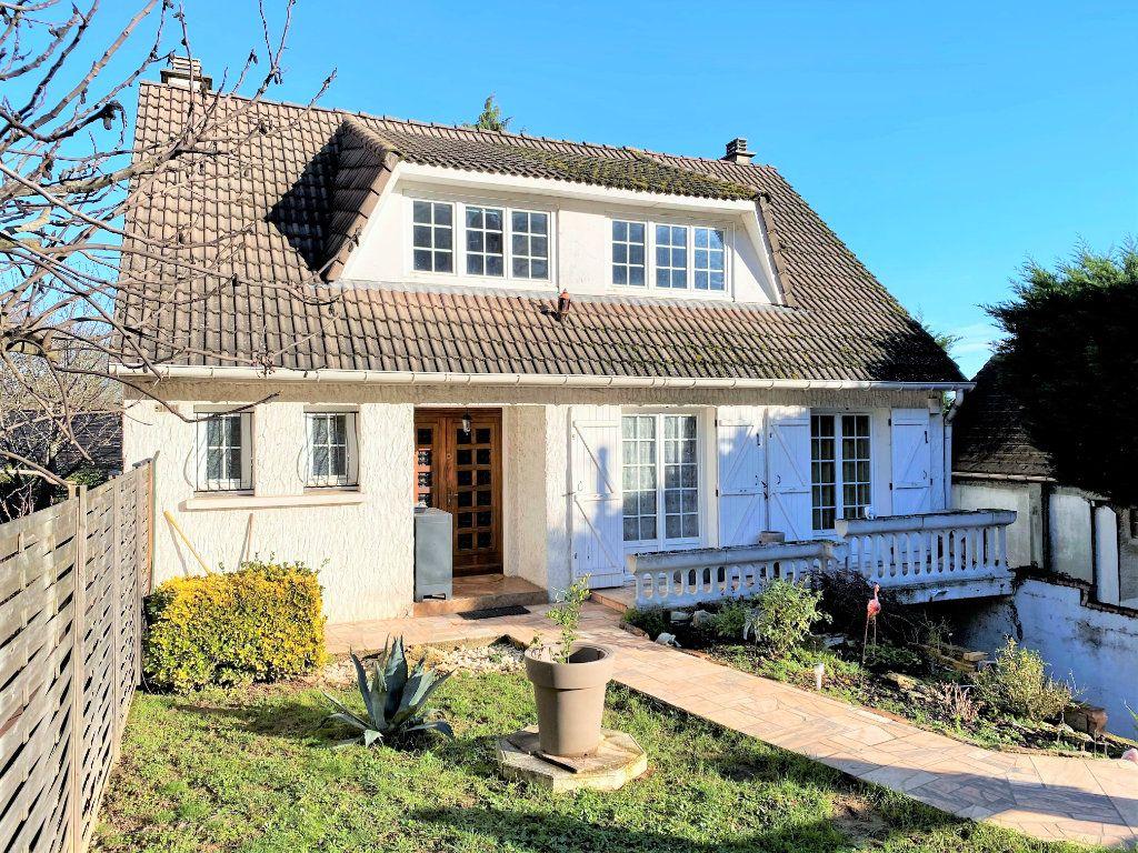 Maison à vendre 7 152m2 à La Ville-du-Bois vignette-1