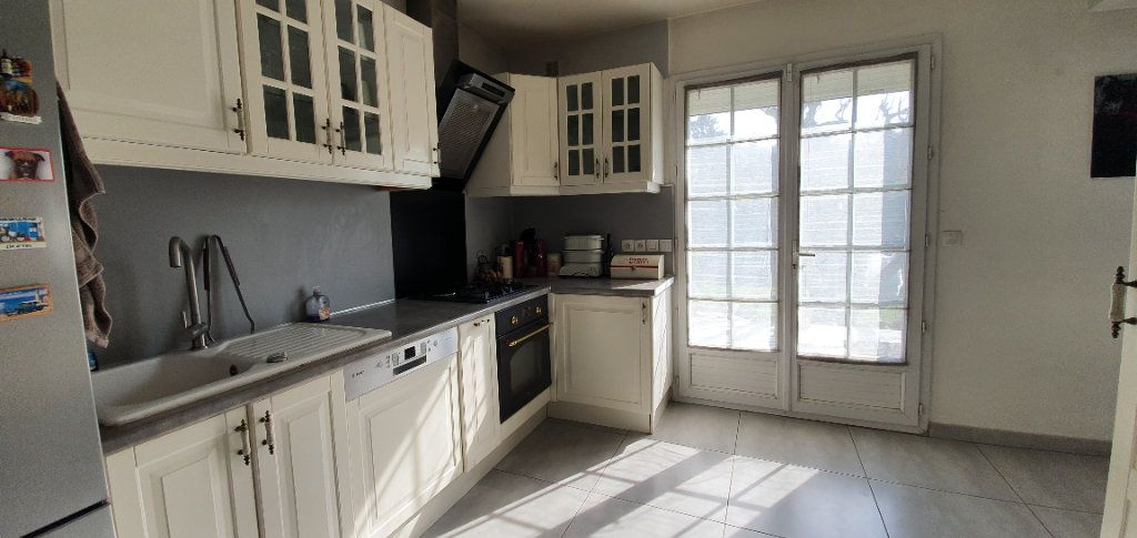 Maison à vendre 6 165m2 à Morangis vignette-8