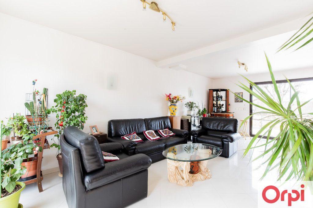 Maison à vendre 7 140m2 à Sainte-Geneviève-des-Bois vignette-6