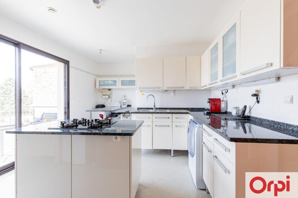Maison à vendre 7 140m2 à Sainte-Geneviève-des-Bois vignette-9