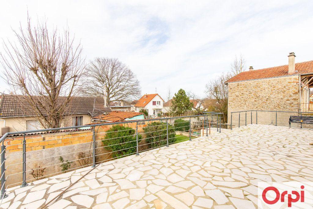 Maison à vendre 7 140m2 à Sainte-Geneviève-des-Bois vignette-10