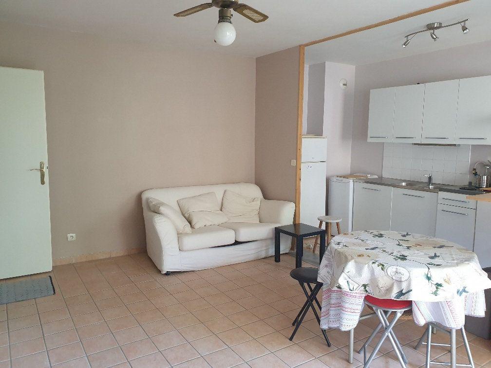 Appartement à louer 2 39.21m2 à Montévrain vignette-2