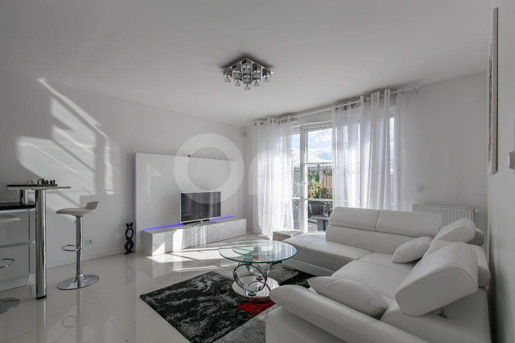 Appartement à vendre 3 62.9m2 à Montévrain vignette-1