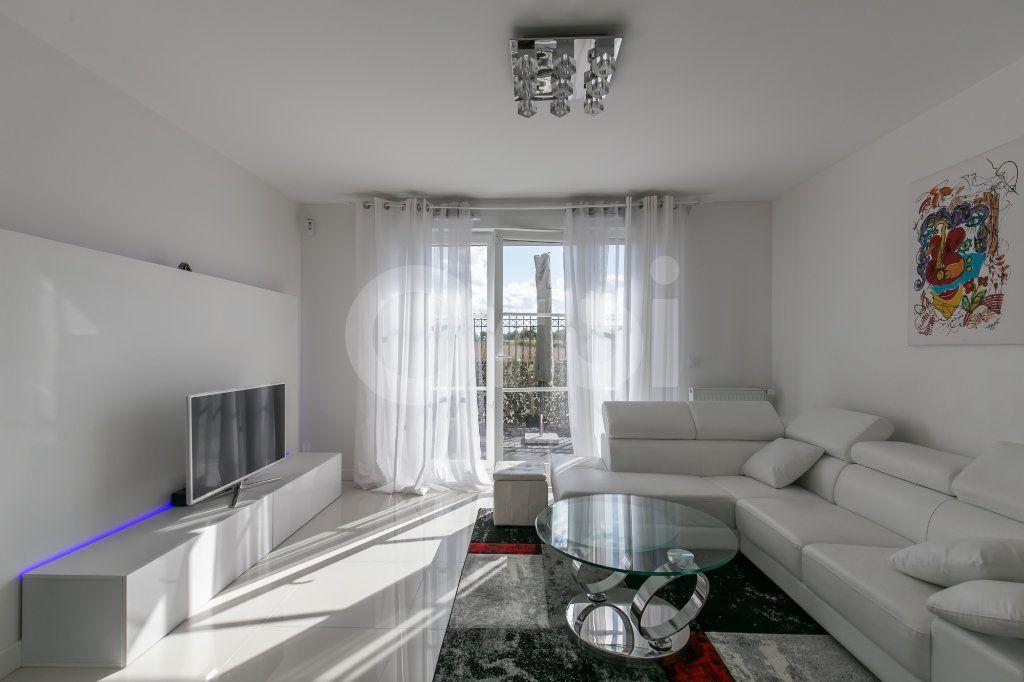 Appartement à vendre 3 62.9m2 à Montévrain vignette-3