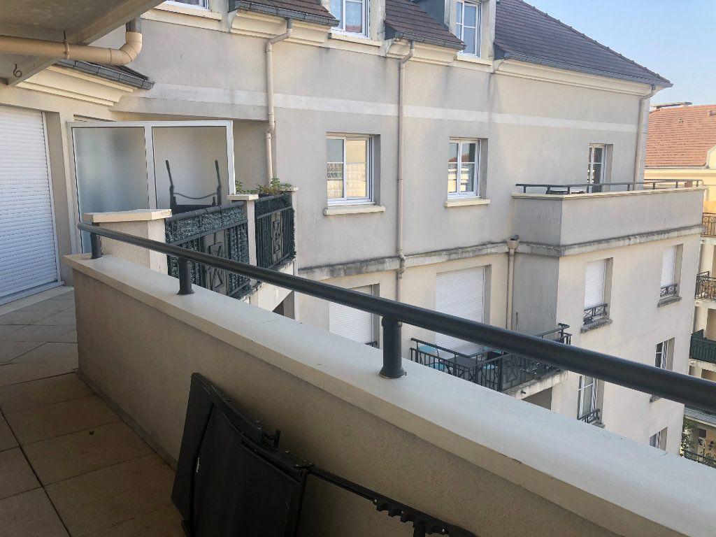 Appartement à louer 2 52.57m2 à Bussy-Saint-Georges vignette-6