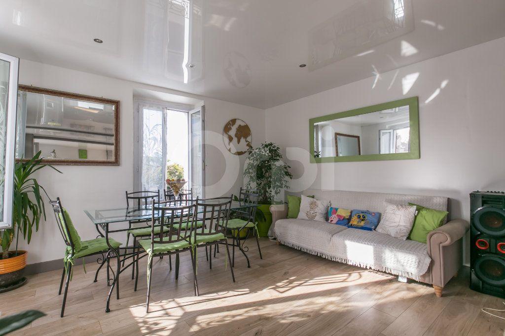 Maison à vendre 4 75.42m2 à Chalifert vignette-4