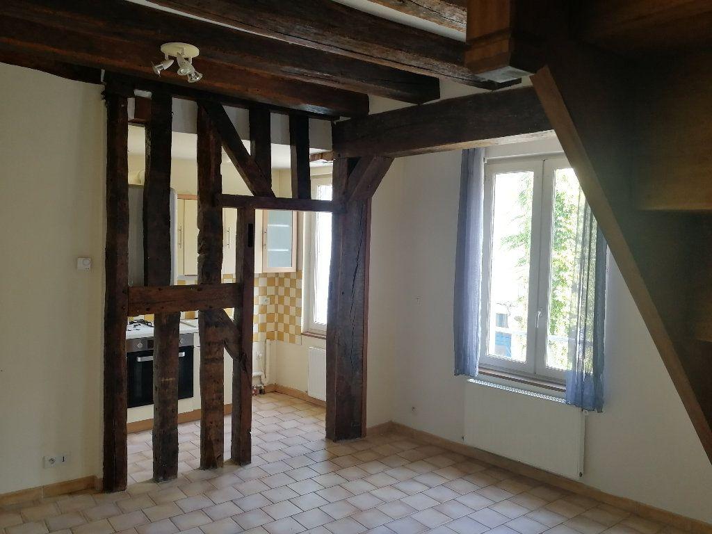 Appartement à louer 2 34.69m2 à Vendôme vignette-1