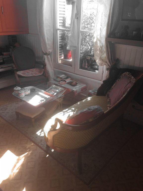Appartement à vendre 3 60m2 à Vendôme vignette-2
