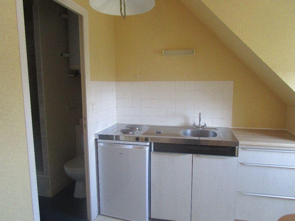 Appartement à louer 1 20.77m2 à Vendôme vignette-1