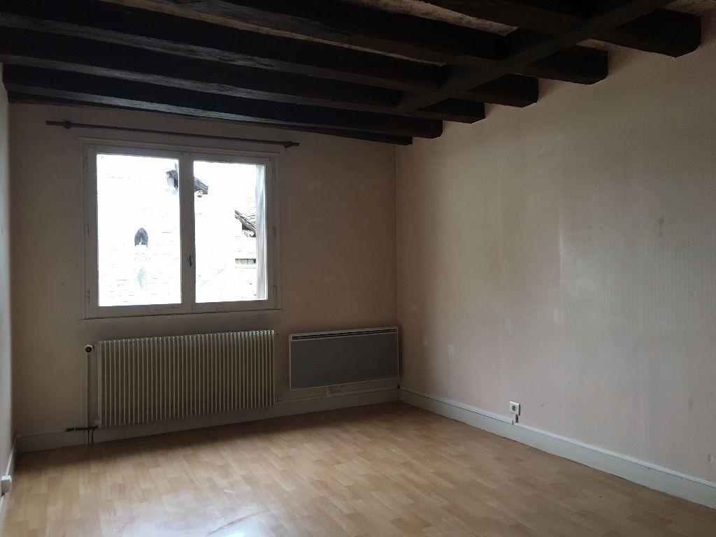 Appartement à louer 4 90m2 à Montoire-sur-le-Loir vignette-4