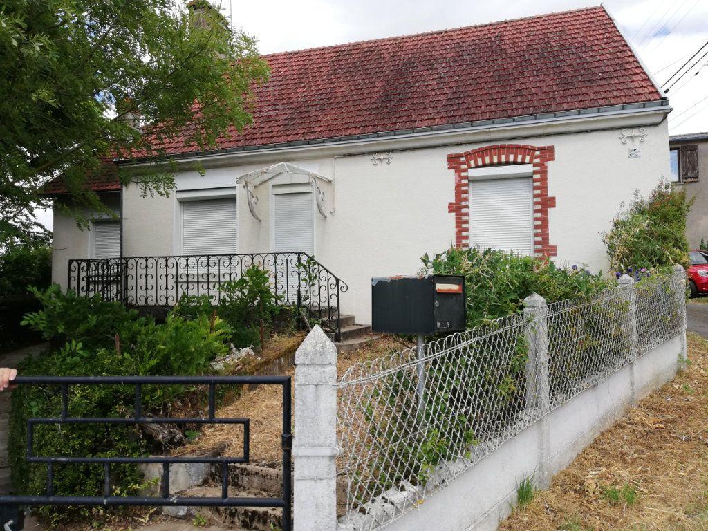 Maison à vendre 4 87m2 à Lunay vignette-1