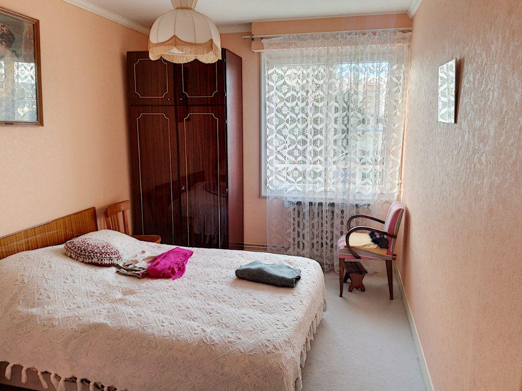 Appartement à vendre 4 90m2 à Vendôme vignette-6