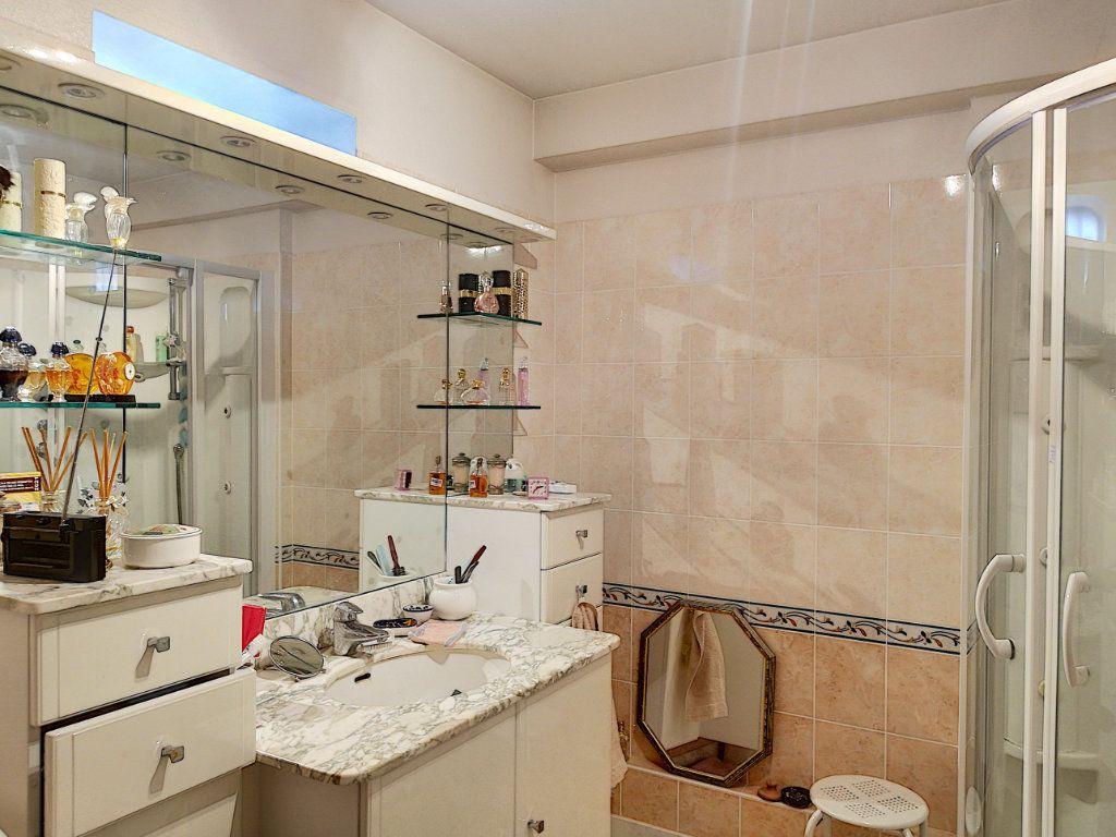 Appartement à vendre 4 90m2 à Vendôme vignette-9