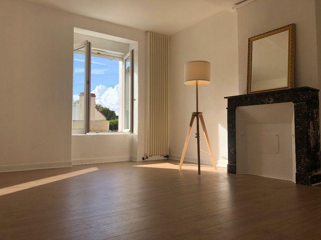 Maison à vendre 4 110m2 à Thoré-la-Rochette vignette-2