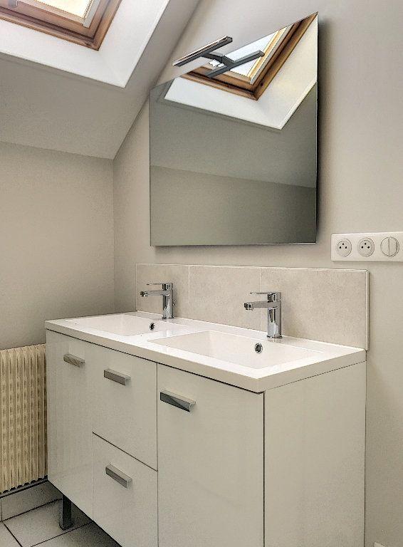 Appartement à louer 3 64m2 à Vendôme vignette-7