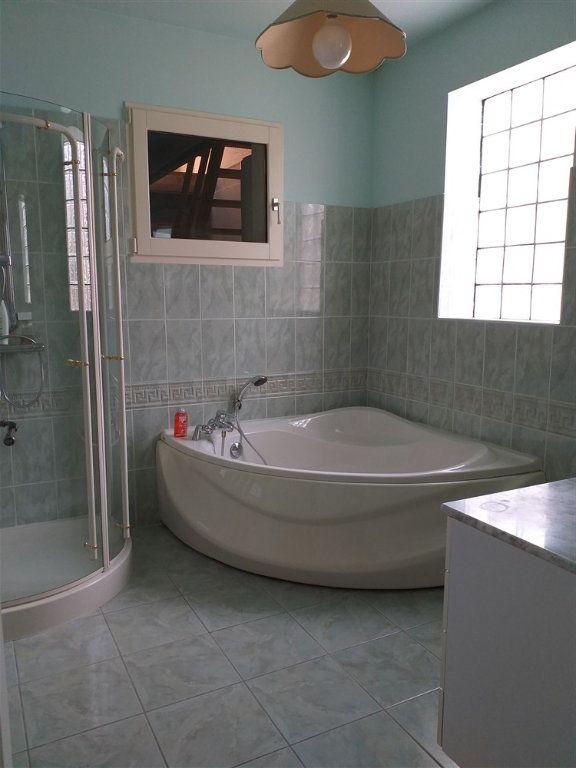Maison à vendre 7 188m2 à Montoire-sur-le-Loir vignette-5