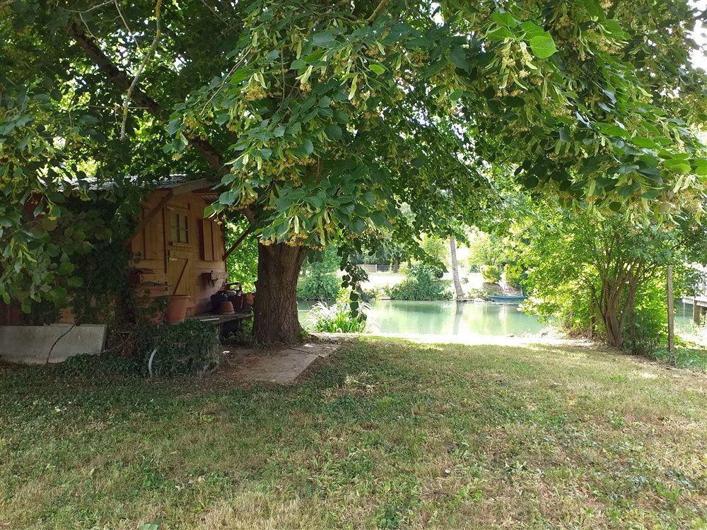 Maison à vendre 7 188m2 à Montoire-sur-le-Loir vignette-8