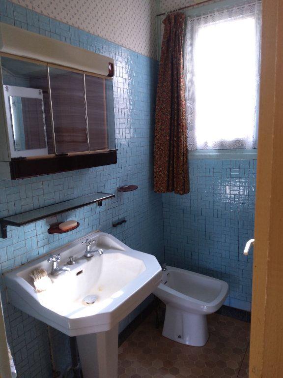 Maison à vendre 3 65m2 à Saint-Hilaire-la-Gravelle vignette-15