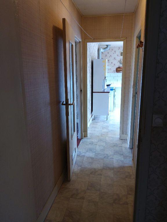 Maison à vendre 3 65m2 à Saint-Hilaire-la-Gravelle vignette-16