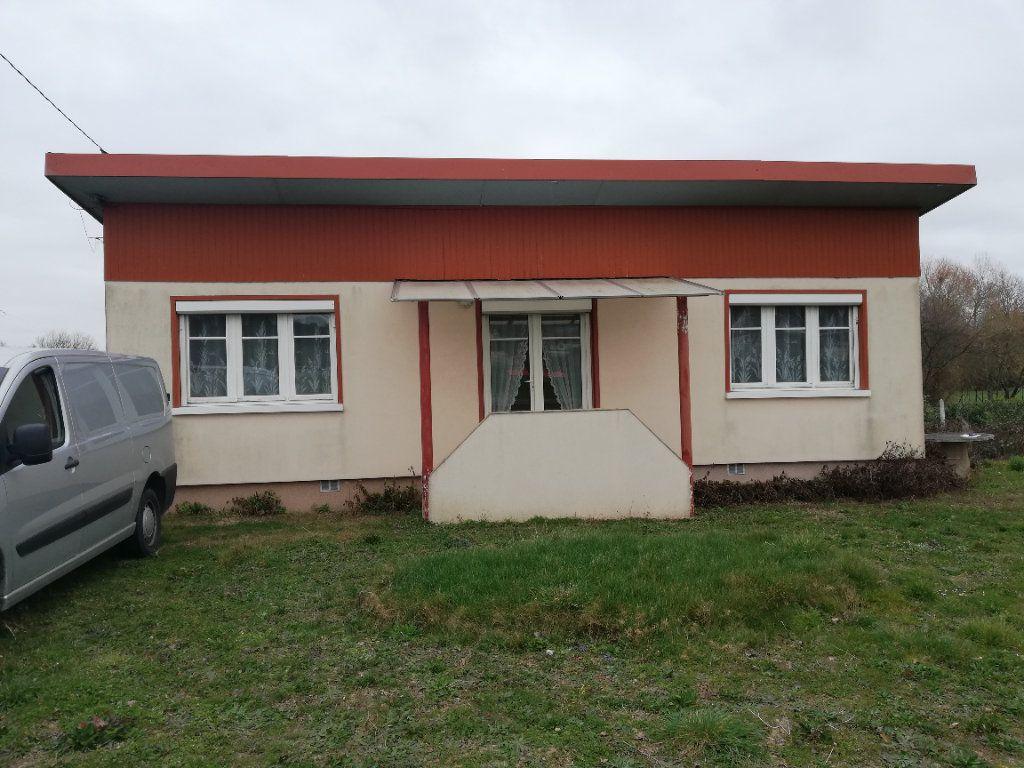 Maison à vendre 3 65m2 à Saint-Hilaire-la-Gravelle vignette-18