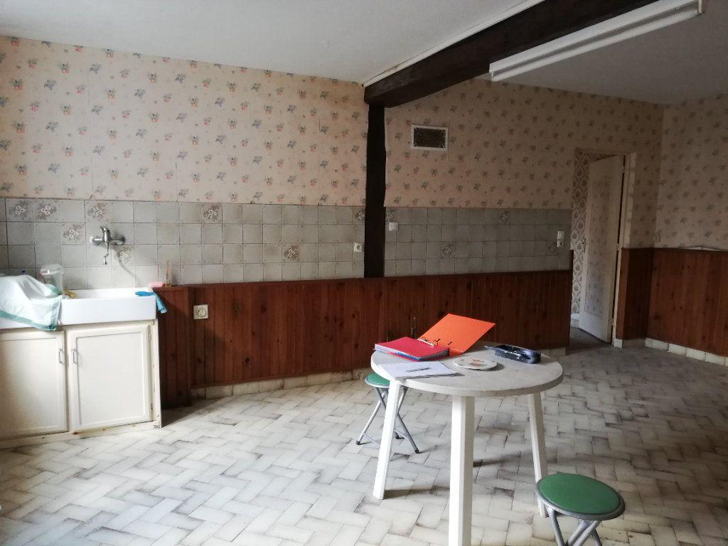 Maison à vendre 4 118m2 à Sainte-Osmane vignette-7