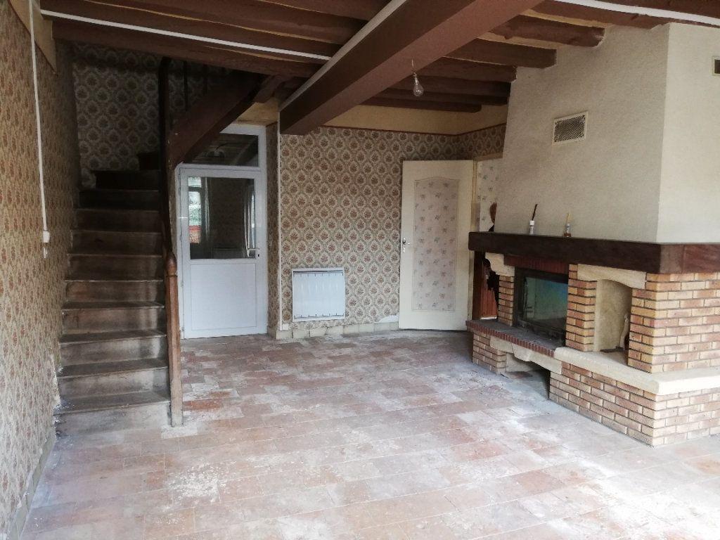 Maison à vendre 4 118m2 à Sainte-Osmane vignette-9