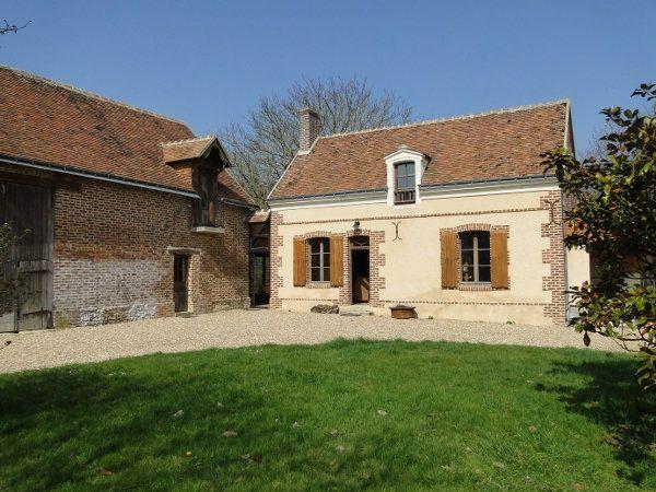 Maison à vendre 9 215m2 à Prunay-Cassereau vignette-1