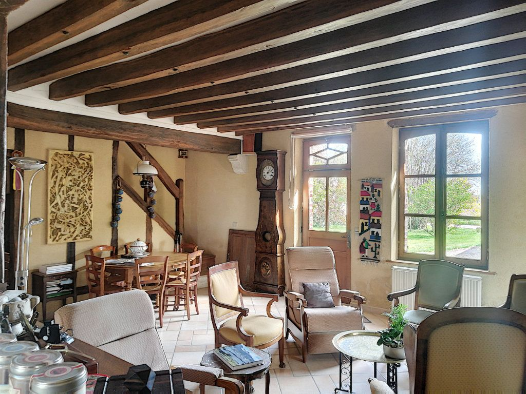 Maison à vendre 9 215m2 à Prunay-Cassereau vignette-4