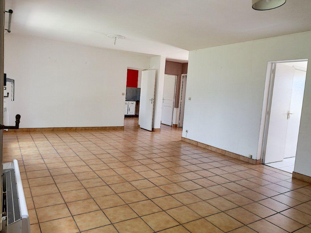 Maison à vendre 5 145m2 à Vendôme vignette-3