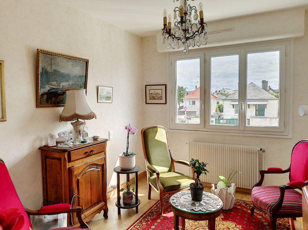 Appartement à vendre 5 224.52m2 à Vendôme vignette-3