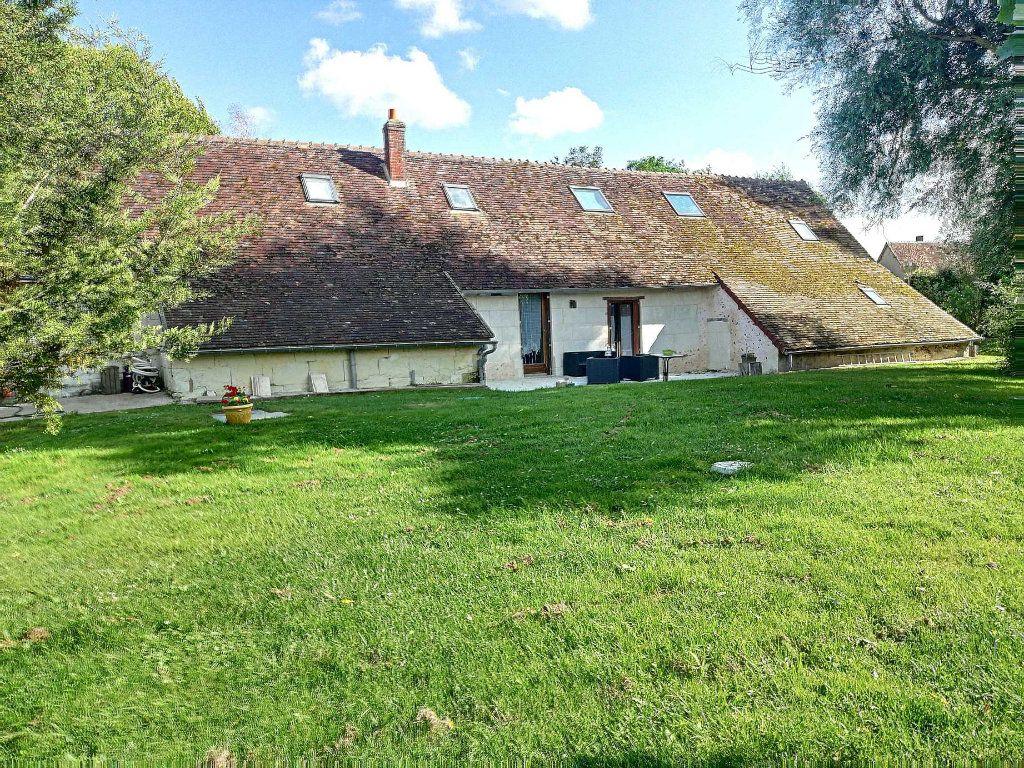 Maison à vendre 8 210m2 à Prunay-Cassereau vignette-2