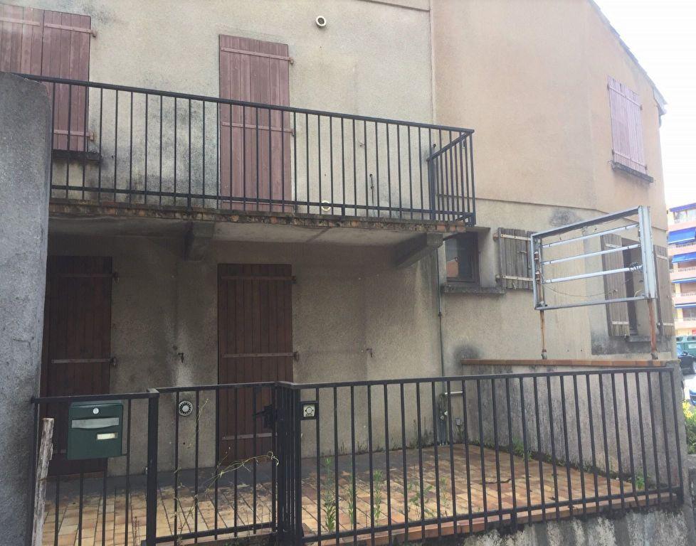 Maison à vendre 6 150m2 à Vals-les-Bains vignette-6