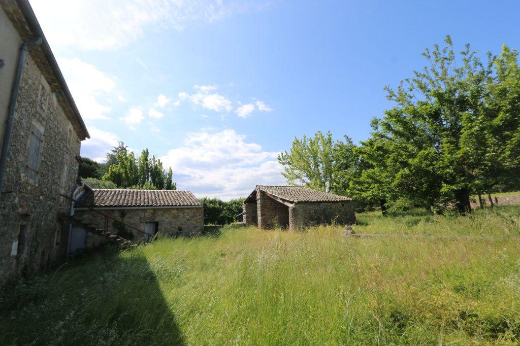 Maison à vendre 8 140m2 à Vallon-Pont-d'Arc vignette-3