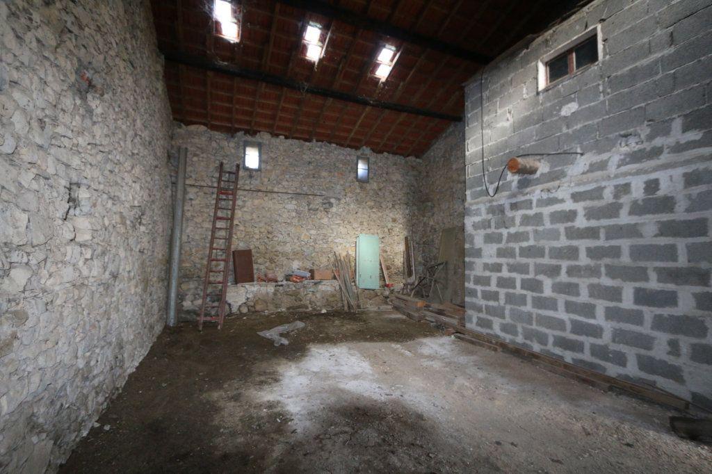 Maison à vendre 8 140m2 à Vallon-Pont-d'Arc vignette-4